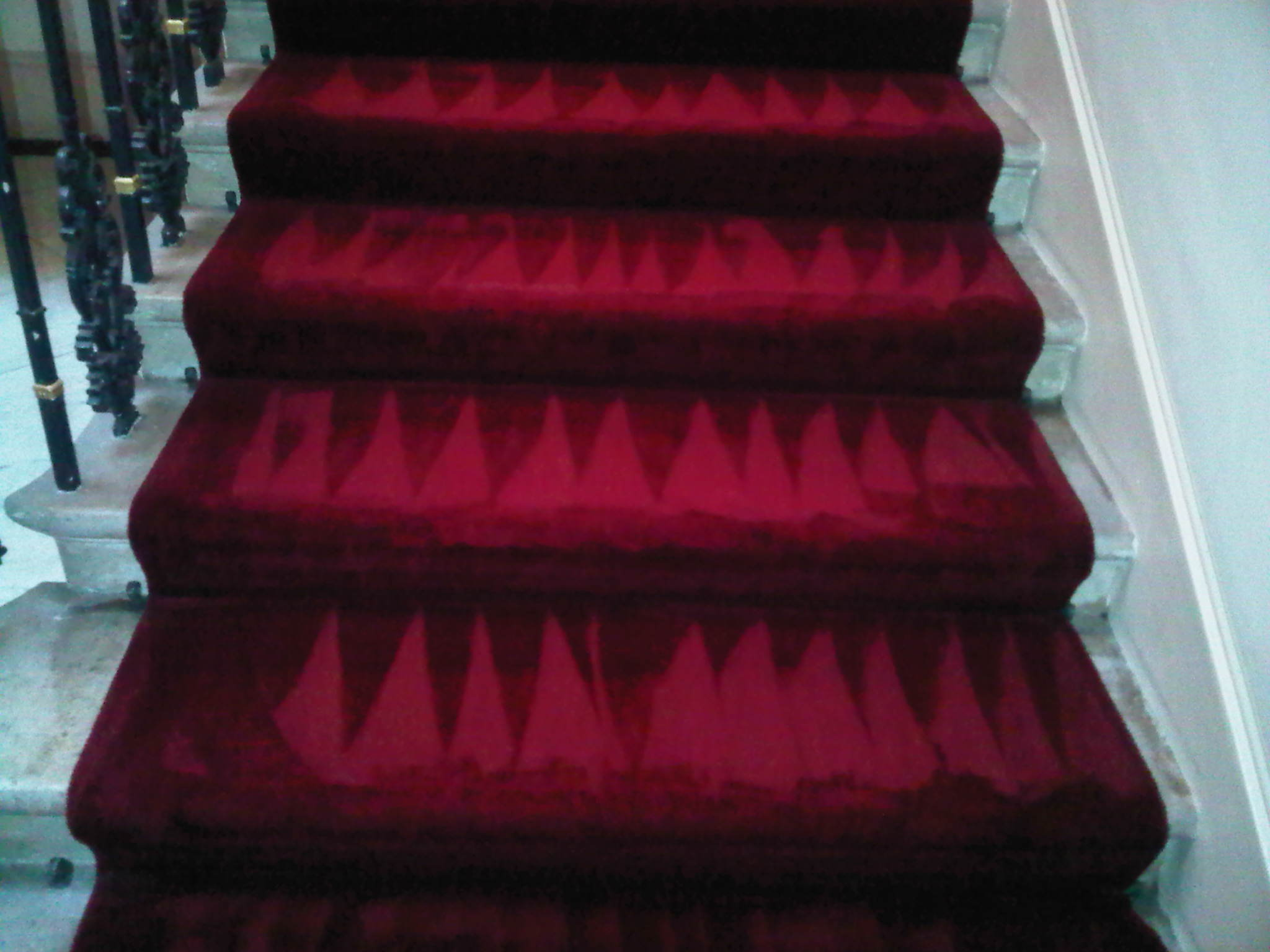 Red carpet cleaning London